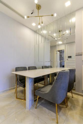 Nội thất căn hộ Vinhomes Golden River Căn hộ Vinhomes Golden River tầng thấp đầy đủ nội thất tiện nghi.