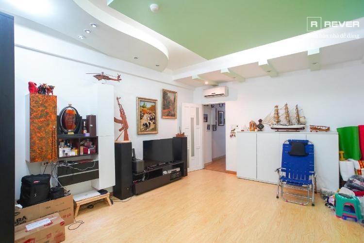 Bán căn hộ chung cư  Tôn Thất Thuyết 4PN, tầng 2, đầy đủ nội thất, ban công Đông Nam