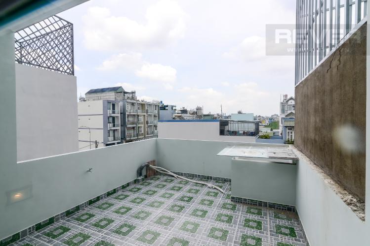 Sân Thượng Bán nhà phố 2 tầng, 4PN, đường nội bộ Bùi Quang Là, nằm trong khu vực an ninh, yên tĩnh