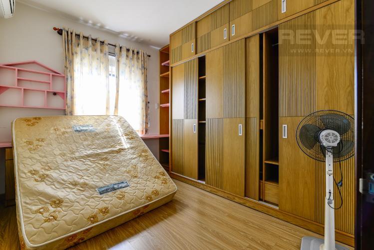 Phòng Ngủ 2 Căn hộ Orient Apartment tầng thấp, 2PN, nội thất cơ bản