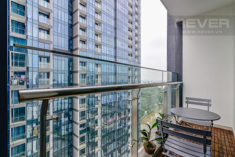 View Cho thuê căn hộ Vinhomes Golden River tầng cao 3PN đầy đủ nội thất view sông