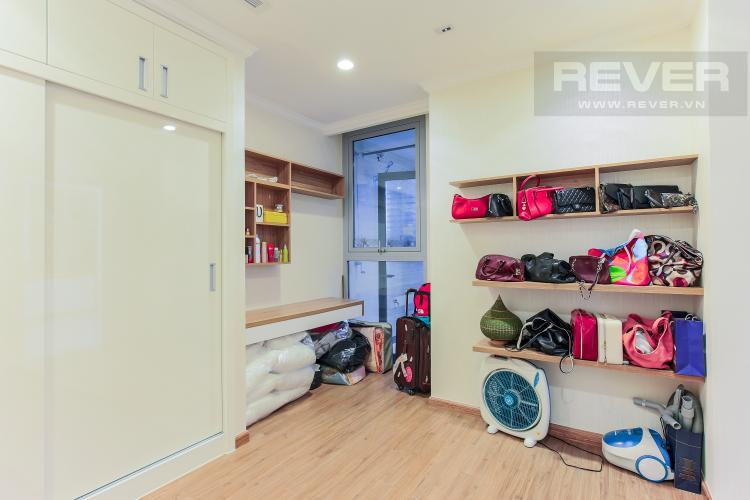 Phòng Ngủ 3 Căn hộ Vinhomes Central Park tầng cao L2, 3 phòng ngủ, nội thất đầy đủ