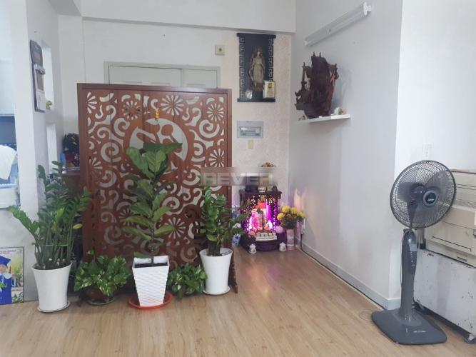 Phòng khách chung cư Lê Thành, Bình Tân Căn hộ chung cư Lê Thành tầng trung, hướng Đông Nam.