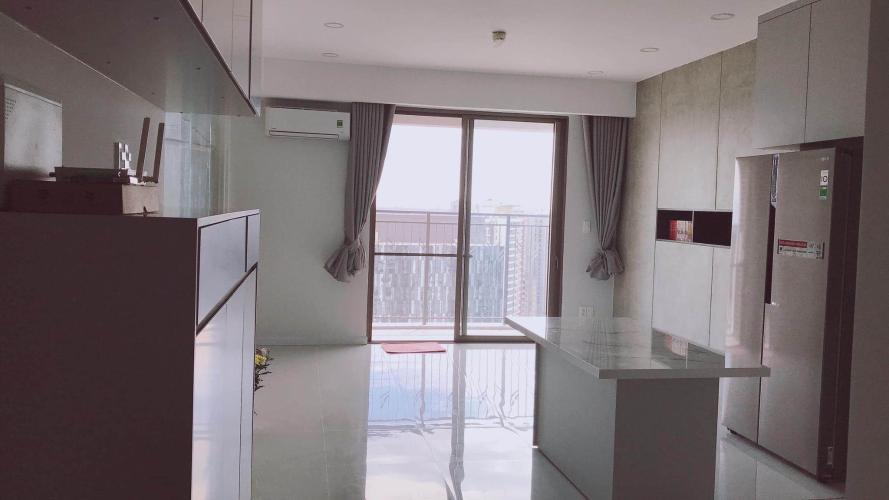 Bán căn hộ tầng cao Saigon South Residence đầy đủ nội thất hiện đại.