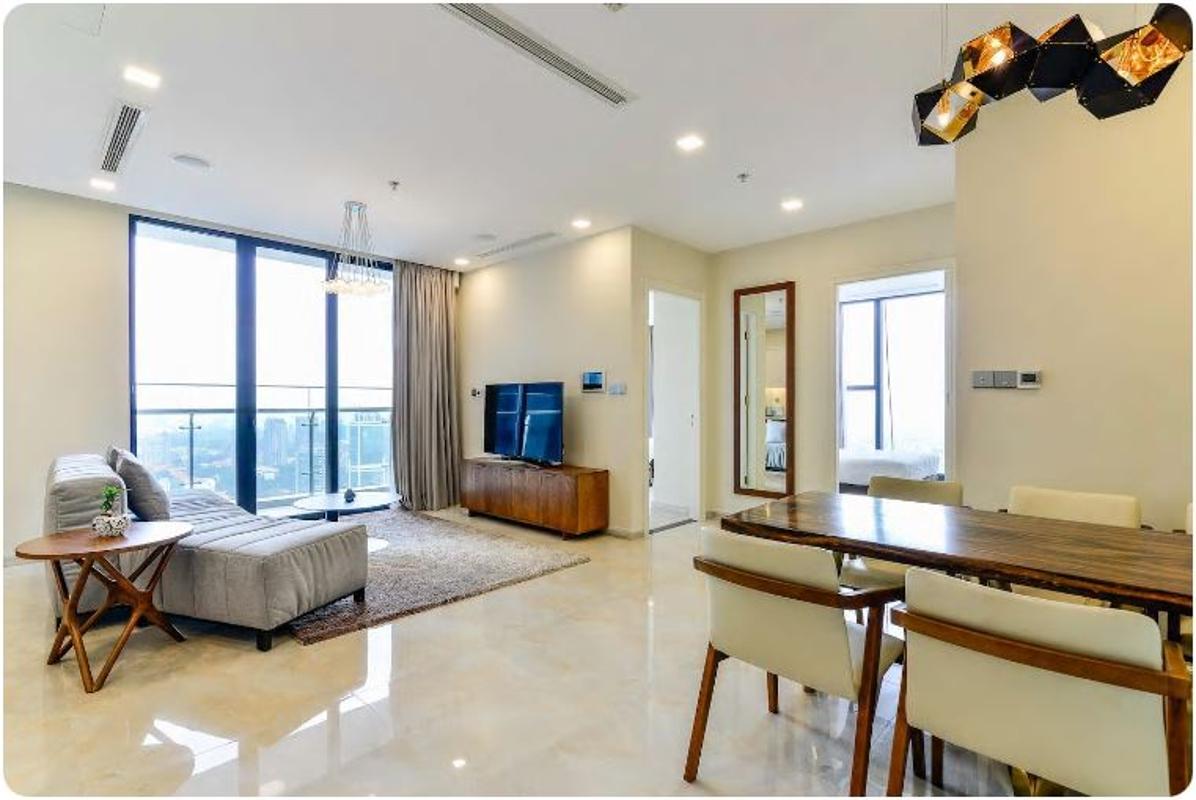 11 Bán căn hộ Vinhomes Golden River 2PN, tháp The Aqua 1, nội thất cơ bản, view sông và Landmark 81