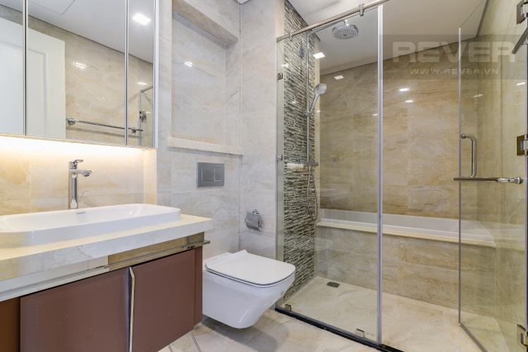 Phòng Tắm 2 Cho thuê căn hộ tầng cao Vinhomes Golden River, 3PN, view sông Sài Gòn