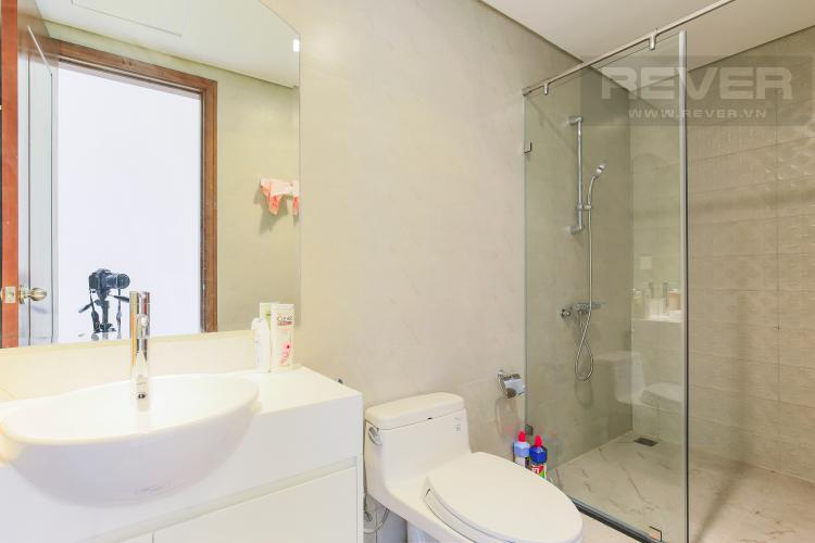 Phòng Tắm 2 Officetel 2 phòng ngủ Vinhomes Central Park tầng 1 Landmark 3