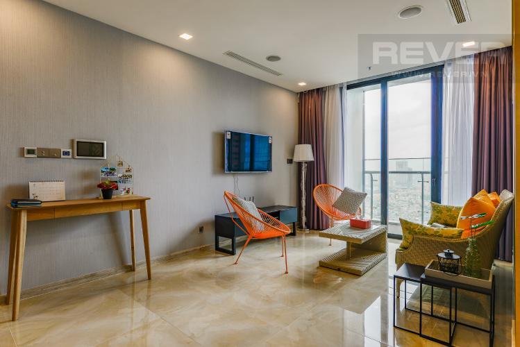 Phòng khách Căn hộ Vinhomes Golden River tầng trung, tháp Aqua 3, 3PN, full nội thất
