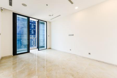 Bán căn hộ Vinhomes Golden River tầng cao, 2PN view sông, nội thất cơ bản