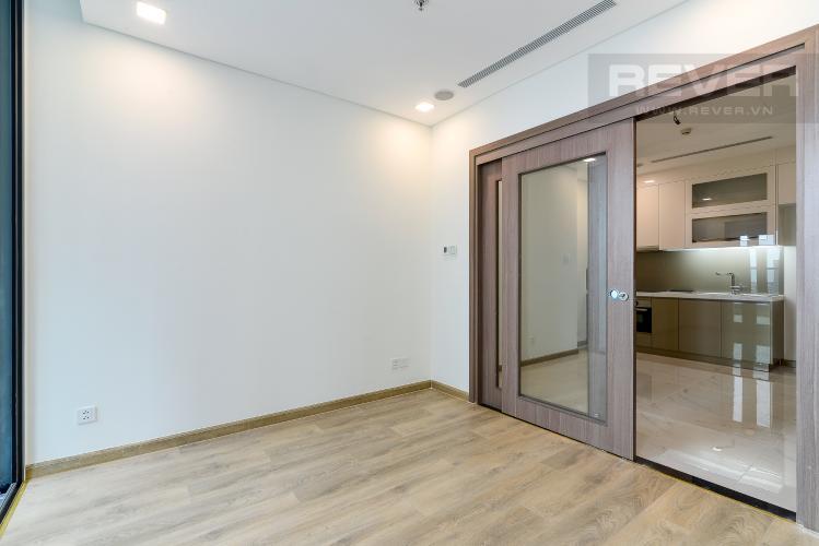 Phòng Ngủ Bán căn hộ Vinhomes Central Park 1PN, tháp Landmark 81, nội thất cơ bản, view Xa lộ Hà Nội