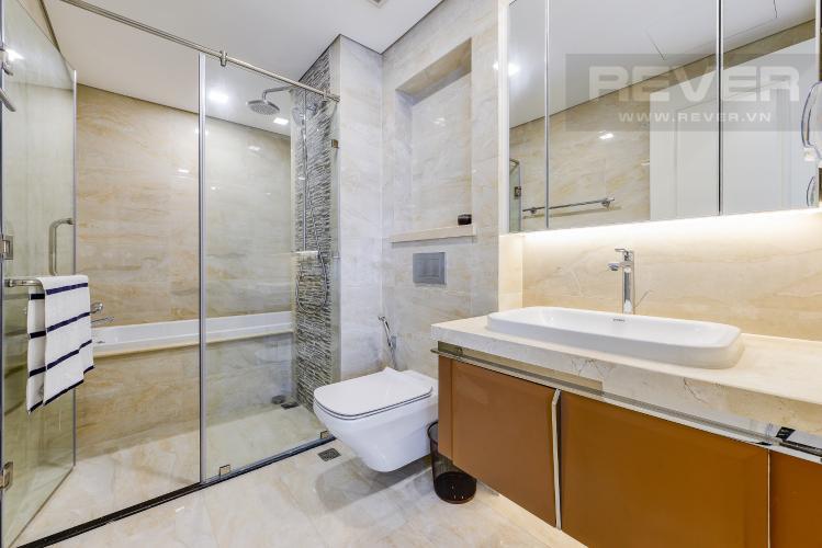 Phòng tắm 1 Căn hộ Vinhomes Golden River 3 phòng ngủ tầng trung A4 view sông