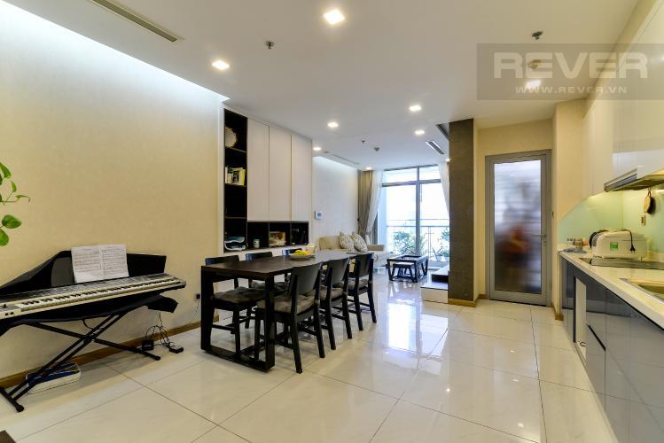 Phòng Khách Bán căn hộ Vinhomes Central Park 2PN, tháp Park 4, đầy đủ nội thất, view hồ bơi nội khu