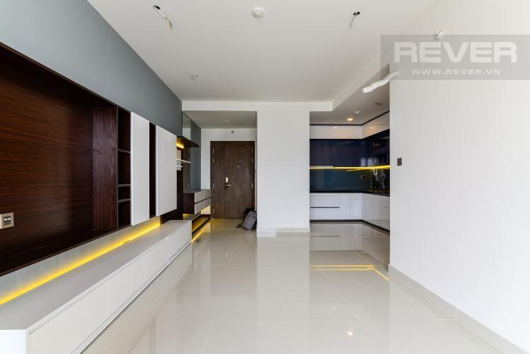 Phòng Khách Bán hoặc cho thuê căn hộ Saigon Royal 2PN, tháp A, đầy đủ nội thất, view kênh Bến Nghé và Bitexco