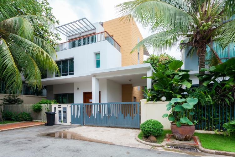Mặt tiền Villa Compound Riviera Quận 2 thiết kế sang trọng, đầy đủ tiện nghi