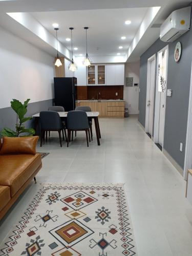 Phòng khách căn hộ Saigon South Residences Căn hộ Saigon South Residences tầng thấp, đầy đủ nội thất