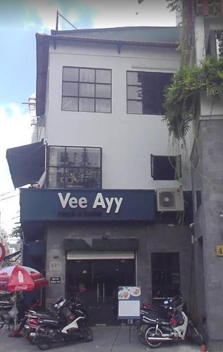 mặt tiền Võ Thị Sáu  Nhà phố 2 mặt tiền quận 1, hẻm xe hơi hướng Tây Nam.