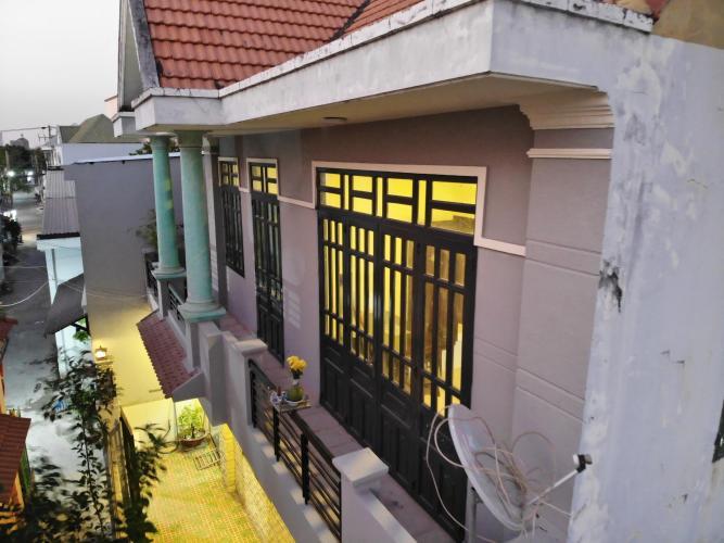 Mặt ngoài nhà phố Quận 9 Bán nhà đường Nguyễn Duy Trinh, Quận 9, thổ cư 85m2, cách chợ Long Trường 700m