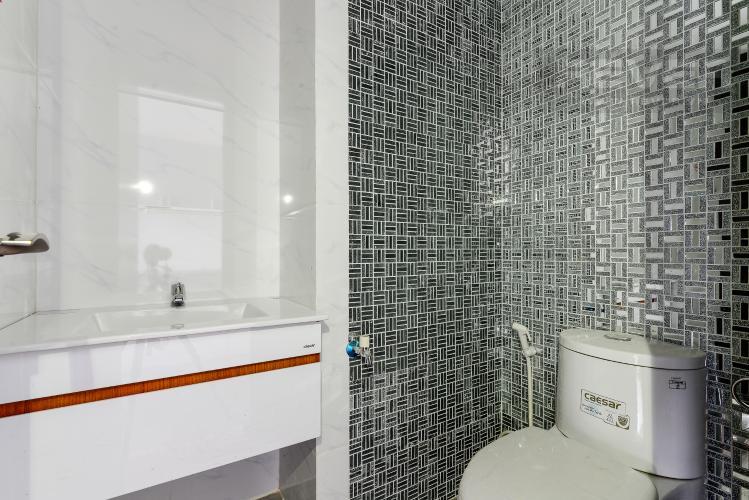 Phòng Tắm Bán hoặc cho thuê căn hộ officetel The Sun Avenue, block 2, nội thất cơ bản