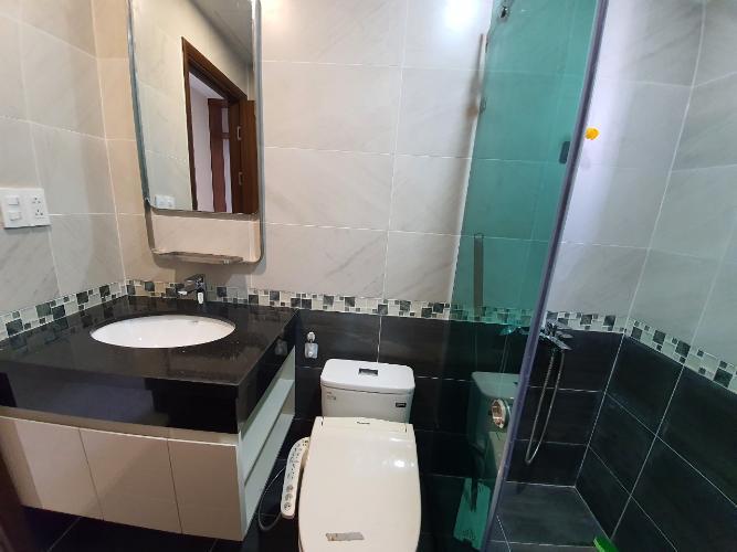 Nhà vệ sinh Căn hộ Saigon South Residence Căn hộ Saigon South Residence tầng trung, đầy đủ nội thất