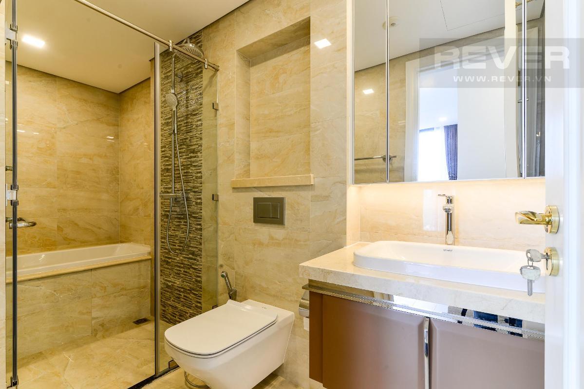 cb035c7f6711814fd800 Cho thuê căn hộ Vinhomes Golden River 2PN, tầng trung, đầy đủ nội thất, view sông và Landmark 81