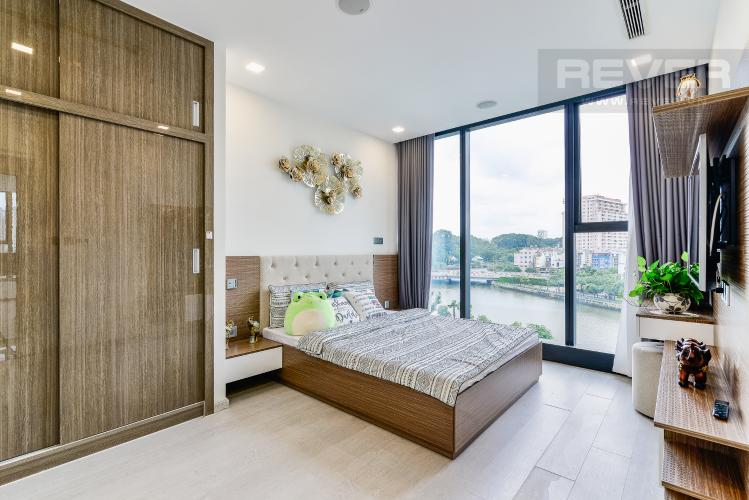 Phòng Ngủ 1 Căn hộ Vinhomes Golden River tầng thấp, tháp Aqua 3, 3 phòng ngủ, hướng Đông Bắc, view sông
