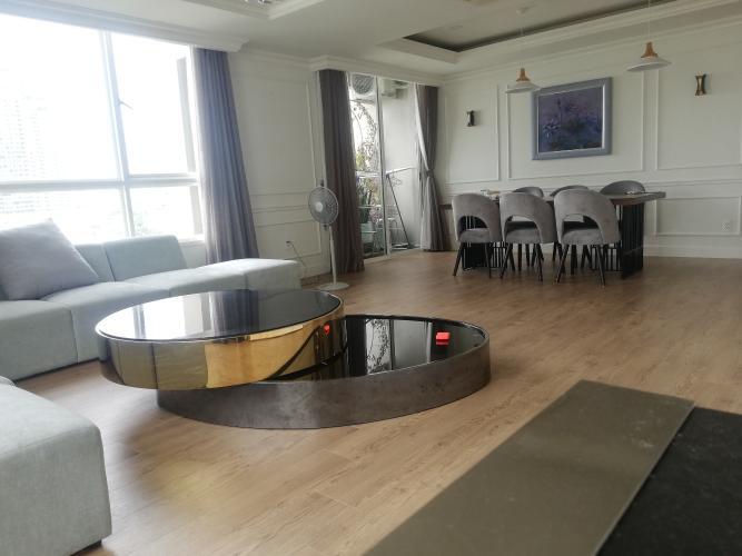 Phòng khách Căn hộ THE MANOR Bán căn hộ The Manor 3PN tầng thấp, diện tích rộng rãi 164.65m2, đón sáng đón gió