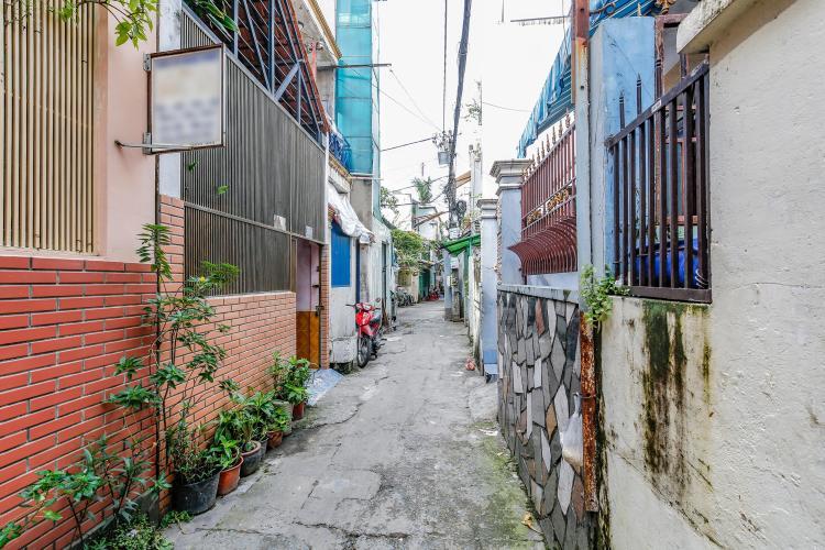 Hẻm nhỏ nhưng di chuyển cũng rất thoải mái Nhà phố hẻm Đinh Bộ Lĩnh Bình Thạnh, không nội thất, có gác lửng