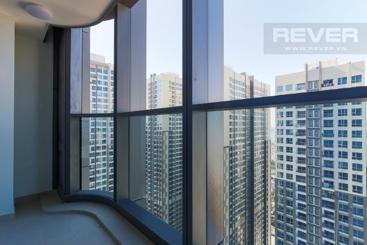 Balcony Căn hộ Vinhomes Central Park 2PN, tầng cao, tháp Landmark 81, view sông