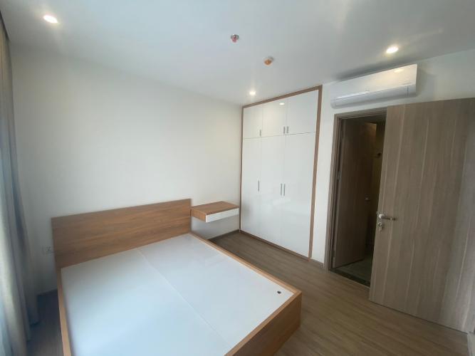 Phòng ngủ căn hộ Vinhomes Grand Park Căn hộ Vinhomes Grand Park tầng 24 nội thất đầy đủ, 3 phòng ngủ.