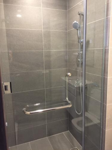 Phòng tắm One Verandah Quận 2 Căn hộ One Verandah đầy đủ nội thất, ban công thoáng mát.