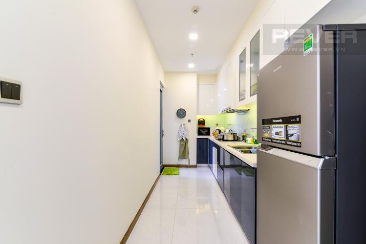 Nhà Bếp Căn hộ Vinhomes Central Park 2 phòng ngủ tầng cao P4 view sông