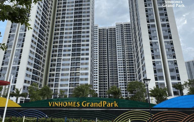 Vinhomes Grand Park, Quận 9 Căn hộ tầng 10 Vinhomes Grand Park nội thất đầy đủ, view nội khu.