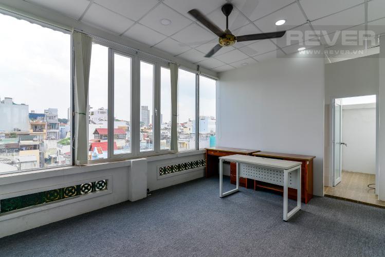Mặt Bằng Văn Phòng Cho thuê văn phòng trên đường Cao Thắng, Quận 3, diện tích 83m2, không nội thất, cách Ngã 6 Cộng Hòa 900m