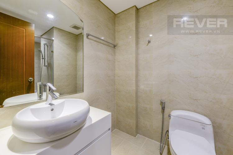 Phòng tắm 1 Căn góc Vinhomes Central Park 4 phòng ngủ tầng cao L1 view sông