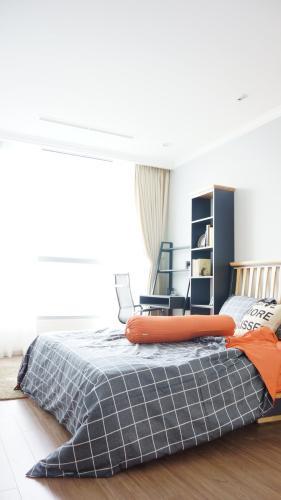 Phòng ngủ Vinhomes Central Park Căn hộ Vinhomes Central Park tầng cao, hướng Tây Bắc view thành phố.