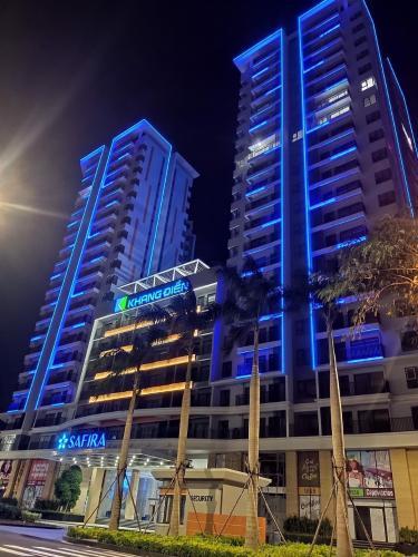 Mặt trước khu căn hộ SAFIRA KHANG ĐIỀN Bán căn hộ Safira Khang Điền 3PN, tầng 20, sắp bàn giao