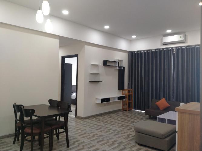 Phòng khách căn hộ Riviera Point Căn hộ tầng cao Riviera Point bàn giao đầy đủ nội thất, view thành phố.