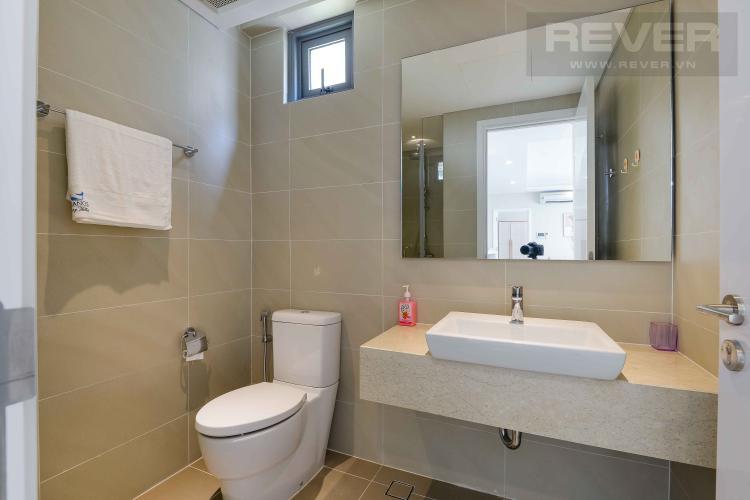 Toilet 1 Bán hoặc cho thuê căn hộ Đảo Kim Cương 2 phòng ngủ tháp Hawaii, đầy đủ nội thất, view nội khu đẹp