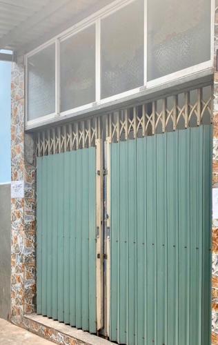 Bán nhà hẻm đường Tôn Đản, 3 phòng ngủ, diện tích đất 37.8m2, diện tích sàn 75.6m2, sổ hồng đầy đủ, sang tên nhanh chóng