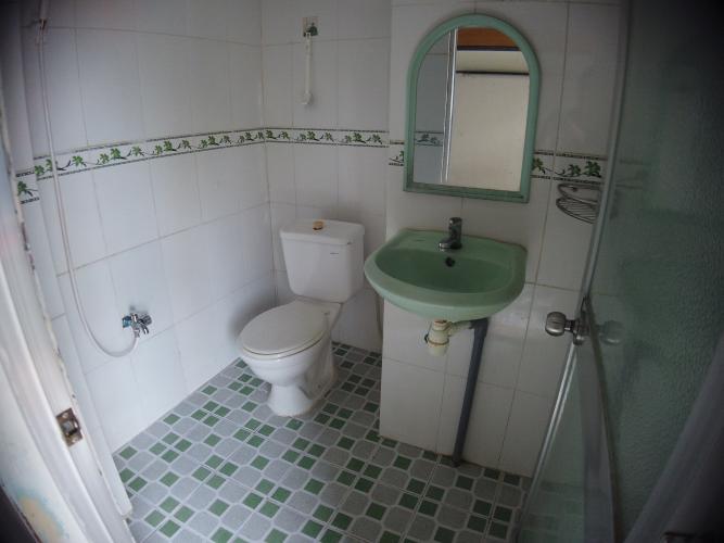 Phòng tắm căn hộ chung cư Trần Hưng Đạo Căn hộ chung cư Trần Hưng Đạo ban công hướng Đông Nam, view thành phố.