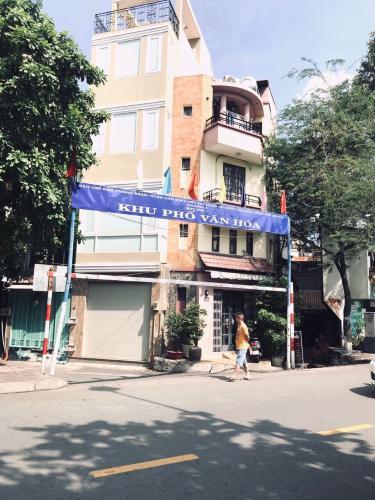 Bán nhà phố đường hẻm đường Phan Đình Phùng, diện tích đất 19.2m2, sổ hồng đầy đủ.