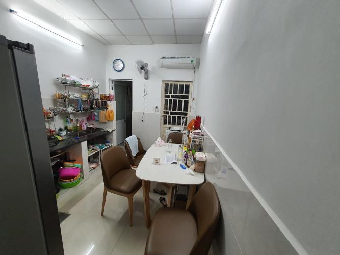 Phòng bếp nhà phố Đỗ Quang, Quận 2 Nhà phố mặt tiền quận 2, sổ hồng riêng, nội thất cơ bản.