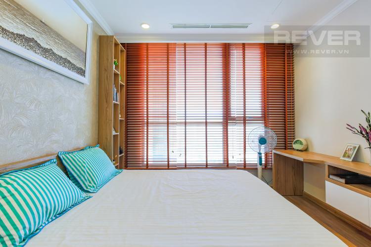 Phòng Ngủ 2 Căn hộ Vinhomes Central Park tầng cao L2, 3 phòng ngủ, nội thất đầy đủ