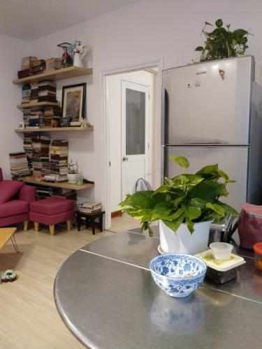 Căn hộ chung cư Mỹ Phước tầng thấp, hướng Bắc, đầy đủ nội thất.
