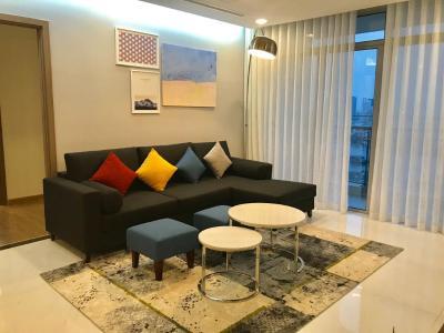 Cho thuê căn hộ Vinhomes Central Park 4PN, đầy đủ nội thất, view sông và công viên trung tâm