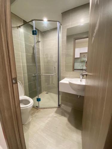 Phòng tắm căn hộ Vinhomes Grand Park Căn hộ Vinhomes Grand Park thiết kế hiện đại, ban công đón gió.