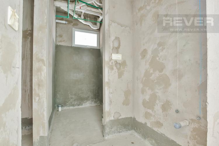 Toilet Duplex Vista Verde 2 phòng ngủ tầng thấp tòa T1 giao thô