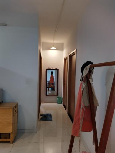 Bên trong căn hộ Tecco Central Home, Bình Thạnh Căn hộ Tecco Central Home nội thất cơ bản, view thành phố thoáng mát.