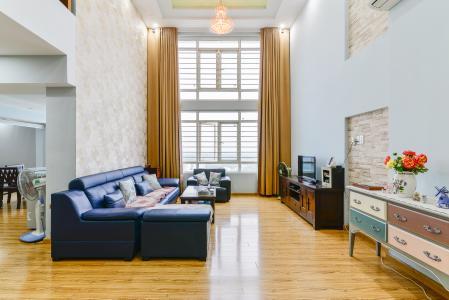 Căn hộ Phú Hoàng Anh tầng cao 4 phòng ngủ đầy đủ nội thất