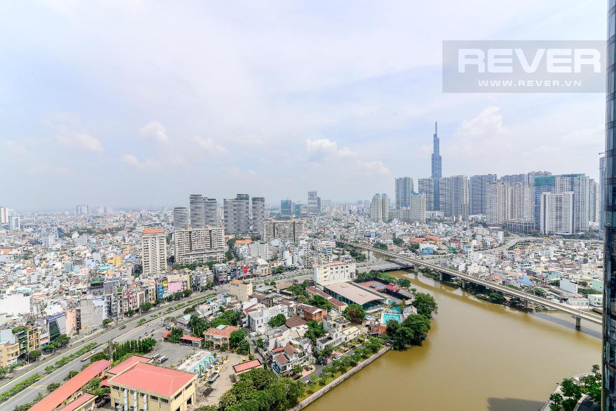 8 Cho thuê căn hộ Vinhomes Golden River 2PN, tầng trung, đầy đủ nội thất, view sông và Landmark 81